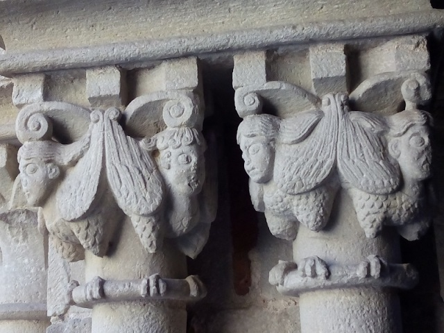 The capitals of the cloister's 48 paired Corinthian columns offer Biblical and allegorical scenes along with a menagerie of griffins, lions, birds of prey and mermaids